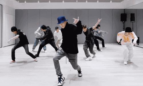 nct127 '영웅 (英雄; Kick It)' ダンス練習動画が公開